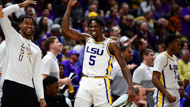 LSU's Emmitt Williams recorded his fifth double-double of the season in Wednesday night's 90-76 win over visiting Alabama. — Photo courtesy of CBS Sports